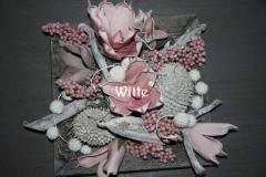 foambloemstuk roze 7 (40x40x20cm) € 46,00